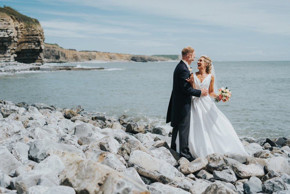 this_and_that_photography_weddingdress-15