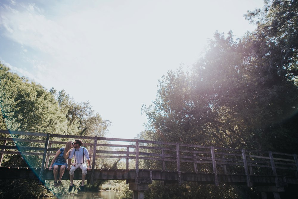 hampshire engagement session, boy girl on bridge