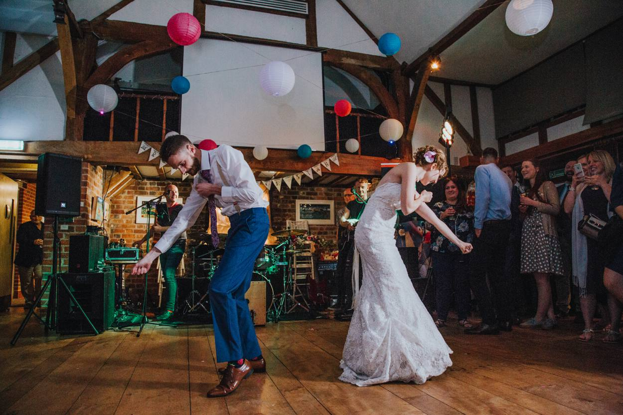 bride and groom alternative choreographed first dance
