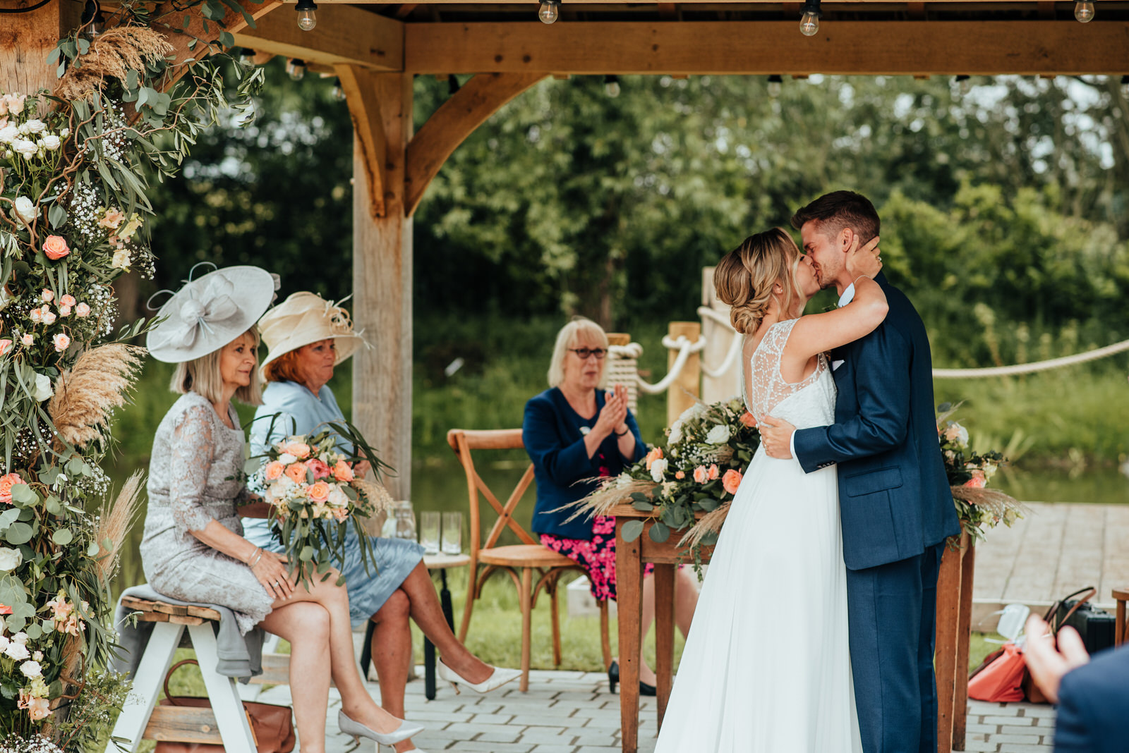 bride and groom kissing at silchester farm